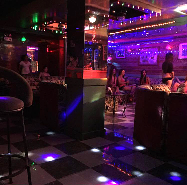 sensual erotic couples best strip club brisbane